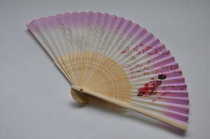 〈婦人用〉絹扇子舞妓柄 ピンク色