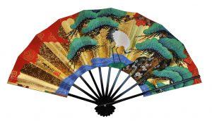 〈京扇子〉両面飾り扇子一匹鶴/紅白梅 扇子立付 箱入