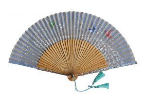 〈京扇子〉婦人用薄絹扇子 天匹田群蝶 日本製 水色